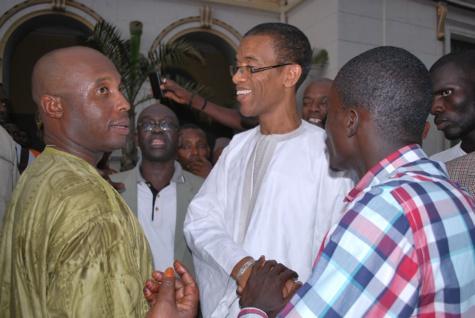 """""""Taxawu Ndakaaru"""" : La coalition dans une zone de turbulence ?"""