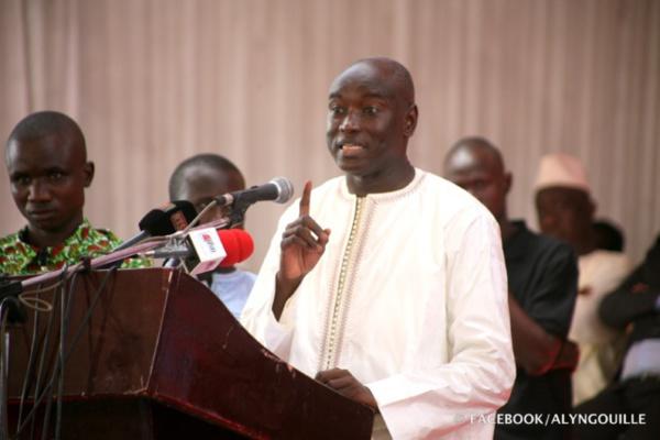 """Aly Ngouille Ndiaye sur les """"insinuations"""" de l'ancien PM : """"Abdoul Mbaye n'a qu'à dire aux Sénégalais ce qu'il sait"""""""