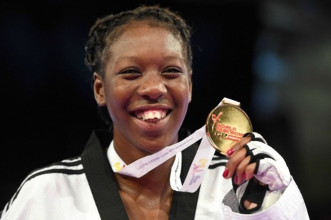 La Taekwondoïste francaise Haby Niaré veut présenter sa médaille d'argent au Sénégal