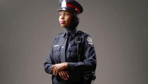 Le Canada autorise le hijab dans la police fédérale