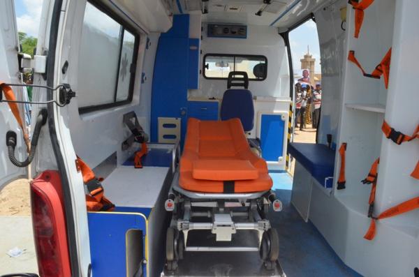 Matam : Abdoul Ly offre une ambulance à sa communauté