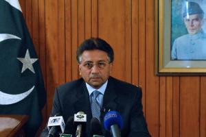 Le président pakistanais, Pervez Musharraf, démissionne..
