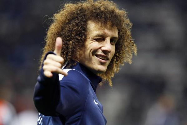 David Luiz réfute avoir critiqué la France