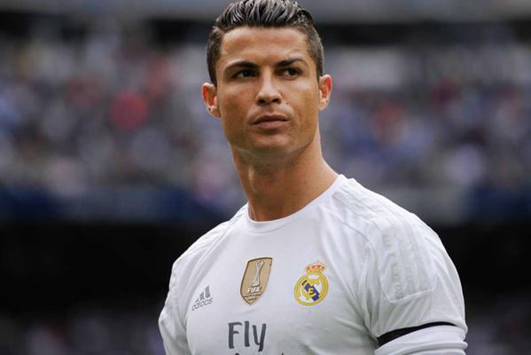 Cristiano Ronaldo à Barcelone ? C'est possible... d'après Luis Figo