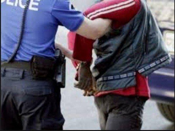 Milan : Un Modou-Modou pris avec 1,5 kg de haschisch, 1 kg de cocaïne, 400 g d'héroïne et un pistolet semi-automatique