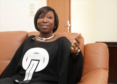 """Viviane Bampassy, ministre de la Fonction Publique répond : """" Je n'ai jamais convoqué le SYTJUST """""""