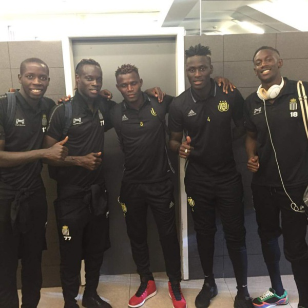 Kara Mbodj, Stéphane Badji, Mamadou Fall et cie après le match Anderlecht-Charleroi 3-2