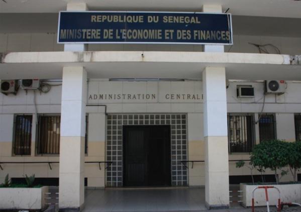 Accusations d'Ousmane Sonko sur les 90 milliards d'exonération fiscale accordés à Kosmos Energy : les services d'Amadou Bâ bottent en touche