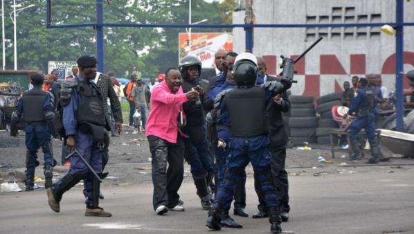 RDC : Violences à Kinshasa au moins 17 morts, dont 3 policiers