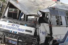 Accident à Bountou Pikine : Un Ndiaga Ndiaye percute un bus Tata