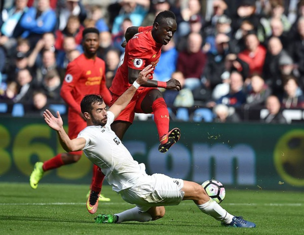 Premier League : Liverpool de Sadio Mané a enfoncé Swansea