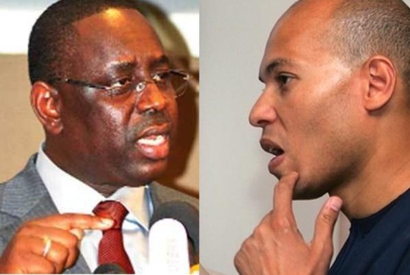 Macky Sall, président de la République du Sénégal et Karim Wade,ancien ministre d'État, de la Coopération et des Transports