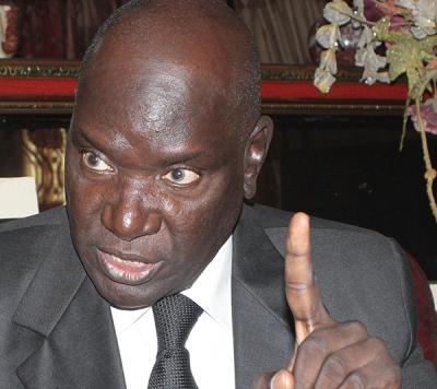 """Nouvelles révélations de Me Babou : """"Ousmane Ngom avait proposé à Me Wade de porter le quart bloquant de 25 à 33% pour faire passer le projet de loi"""""""
