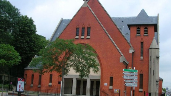 Son église attaquée, le curé, ancien judoka, immobilise le cambrioleur