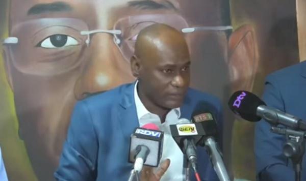 Macky Sall n'a pas félicité Youssou Touré pour le  prix Unesco : serait-il  en froid avec lui?