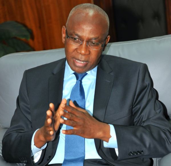 Le Cadre Unitaire Syndical des Enseignants du Moyen Secondaire (CUSEMS) a encore chargé Serigne Mbaye Thiam, le ministre de l'Education nationale.