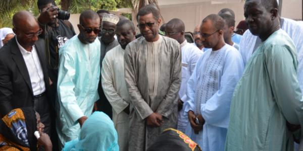 Bouba Ndour et Cie