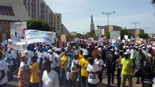 Les manifestants de la marche du 14 octobre à Dakar