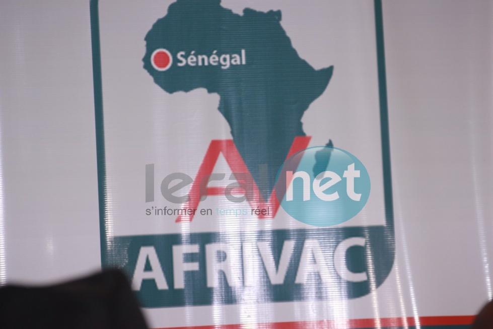 El Hadji Diouf et Nicolas Anelka à la Conférence de presse d'Afrivac