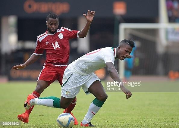 Diao Baldé Keita contre la Namibie lors des éliminatoires de la CAN 2007.