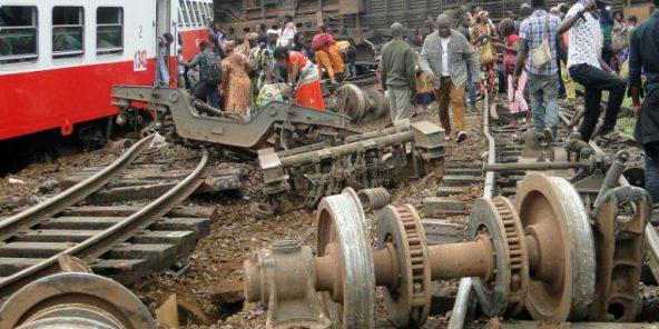 Déraillement d'un train à Eseka, le 21 octobre 2016, au Cameroun. © AFP