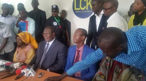 """Ousmane Ngom : """"Je battrai campagne de toutes mes forces pour assurer à Macky Sall un deuxième mandat"""""""