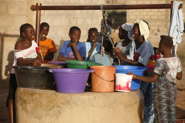 Meurtre ou suicide ? La question est encore pendante à Khour Loumbé, dans le département de Malém Hodar (région de Kaffrine), à la suite de la mort de M. Ka, retrouvée au fond d'un puits avec son bébé de seulement 4 mois.