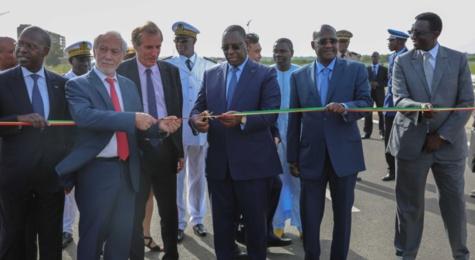 La une des journaux du 25 octobre 2016 : L'inauguration du nouveau tronçon de l'autoroute à péage en vedette
