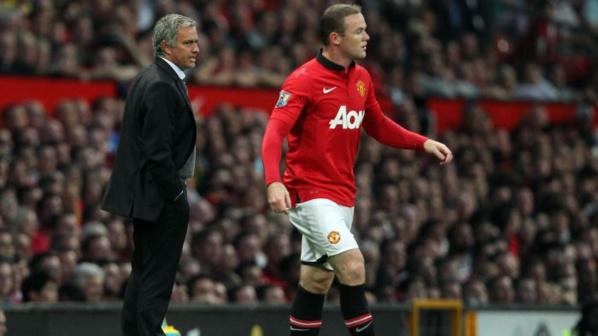 Mourinho pousse Rooney vers la sortie !