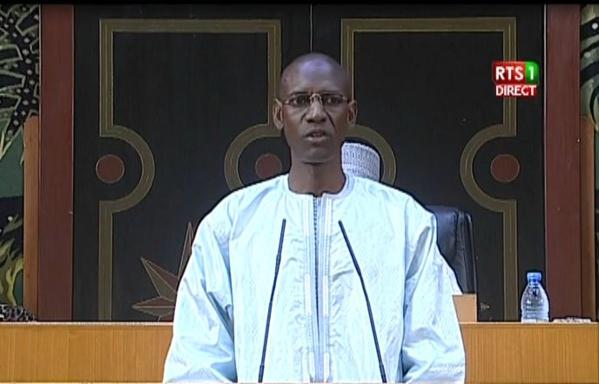 Le ministre de l'intérieur, Abdoulaye Daouda Diallo à l'Assemblée nationale le 27 octobre pour répondre aux questions d'actualité