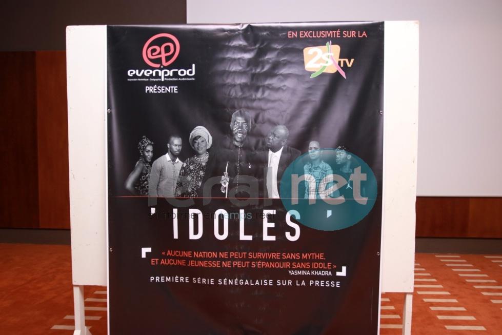 """Lancement série """"Idoles"""""""