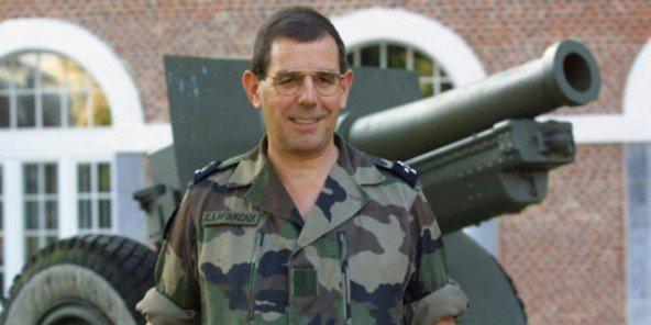 Le général Jean-Claude Lafourcade, le 17 septembre 2001 à Lille. © François Lo Presti / AFP