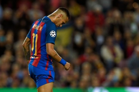 © AFP/Archives | L'attaquant du FC Barcelone Neymar lors du match contre Manchester City, le 19 octobre 2016 au Camp Nou MADRID (AFP) -