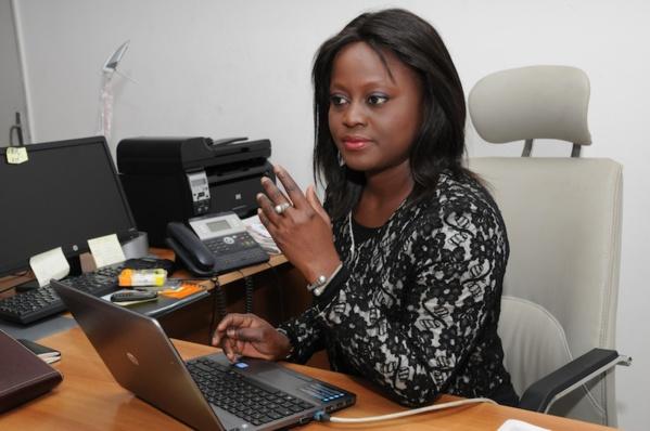 «Refusez d'être candidates à des élections de Miss Jongooma», a lancé Aminata Angélique Manga aux filles. «Soyez plutôt candidates à des miss sciences, miss mathématiques, miss littérature ou miss sport».