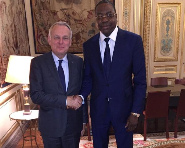 Sénégal: Jean Marc Ayrault rend hommage à feu Mbaye- Jacques Diop