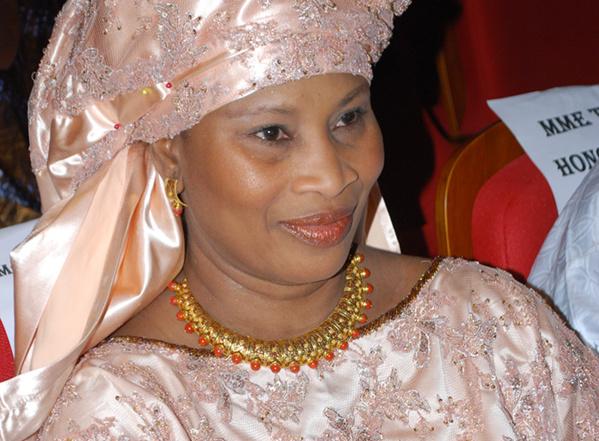 Me Aïssata Tall Sall, député socialiste : «Super ! Félicitation à Macky Sall qui a réussi la prouesse de réunifier la famille socialiste autour de lui»