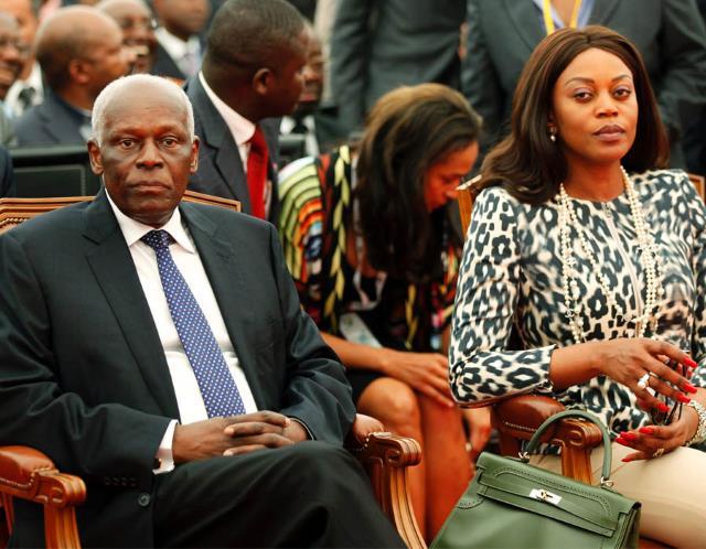 Jose Eduardo Do Santos, président d'Angola avec sa famille.