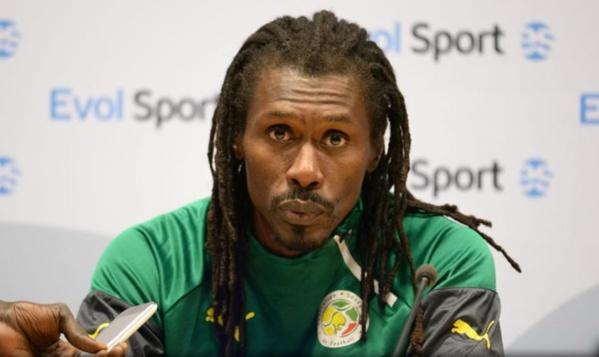 """Le coach des """"Lions"""" Aliou Cissé"""