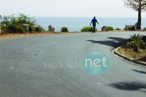 Quand la route de la corniche Est expose les automobilistes à des dangers…