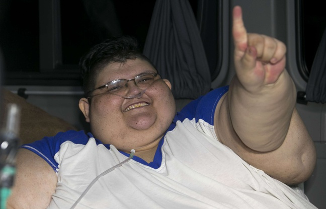 Un homme de 500 kg sort de chez lui après 6 ans, pour se faire opérer — Mexique