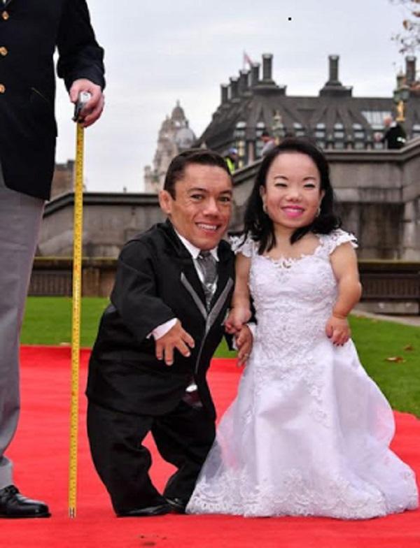 Paulo Gabriel da Silva Barros et Katyucia Hoshino ont officiellement été enregistrés dans le livre Guiness des records, comme étant le couple le plus petit au monde, vendredi dernier, à Londres.