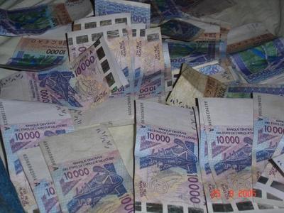 Lancement d'un projet de lutte contre le blanchiment des capitaux