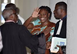Reprise lundi du procès de Simone Gbagbo avec ses avocats