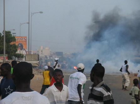 [Exclusif Photo] Les supporters sèment la violence et le désordre