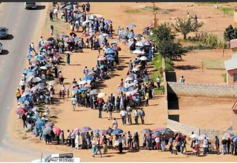 Présidentielle gambienne en images : participation électorale hors du commun au Sukuta, Kombo North