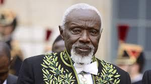 Ousmane Sow, le talentueux sculpteur et académicien des Beaux arts de Paris est décédé, ce jeudi 1er décembre 2016 à Dakar,  à l'âge de 81 ans.