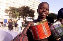 KEDOUGOU - Protestation contre la crise alimentaire : Les enfants organisent un concert de casserole