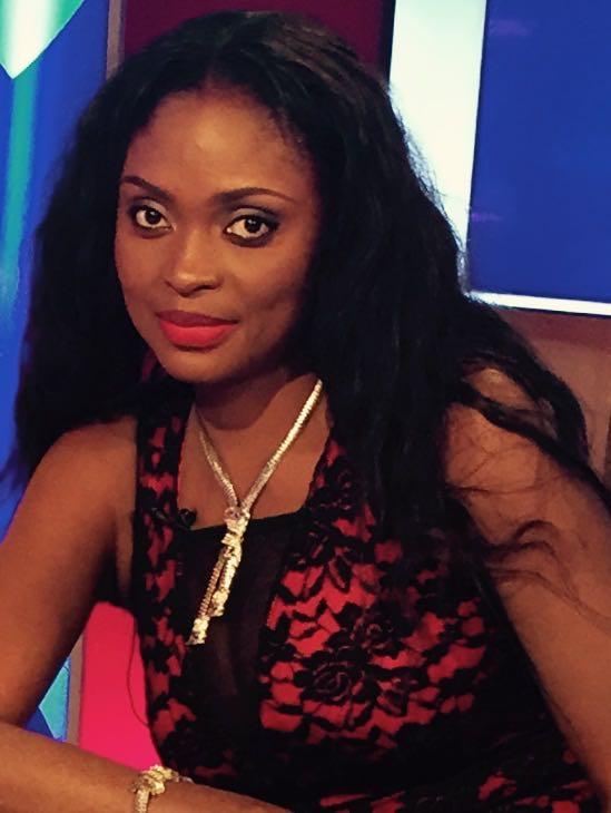 Ayni Mbodj la beauté de RTS