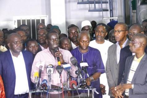 """Ousmane Faye, membre exclu de Manko Wattu Senegaal : """"Ils ont supplié Ousmane Sonko de ne pas partir"""""""