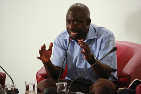 Felwine Sarr : « Une solution armée en Gambie, aura des conséquences en Casamance»